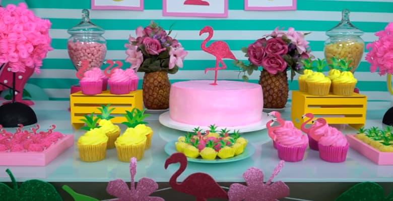 Festa de Aniversário com Tema Flamingo Tropical